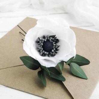 Шпильки для волос с белой анемоной и зеленью / Свадебные шпильки с цветами