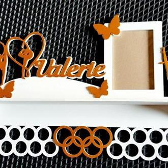 Медальница художественная гимнастика с фоторамкой и полкой для кубков, именная 50х35 см
