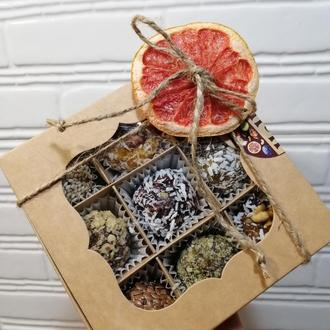 Набор полезных конфет из 9 шт. из сухофруктов и орехов собственного производства