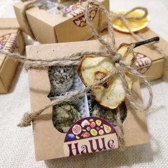 Набор полезных конфет из 4 шт. из сухофруктов и орехов собственного производства