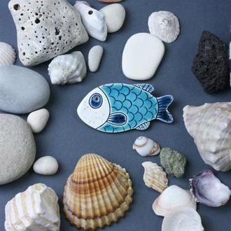 Керамічна брошка риба