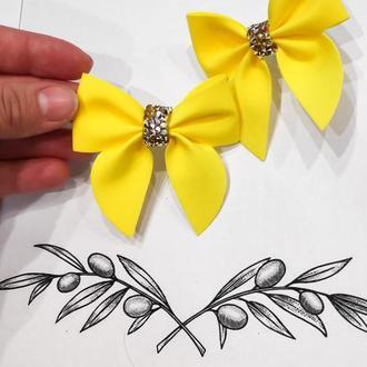 Красивые летние желтые бантики из фома на резинках. Новые!