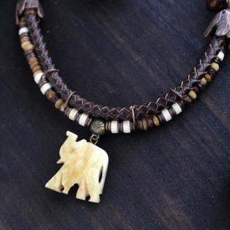 Кулон слон. Намисто з дерева і кістки на плетенном шкірному шнурі Етно стиль Африканські