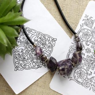 Намисто за натурального каміння. Фіолетове коротке намисто. Прикраса з аметисту