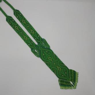 Салатовый гердан в этно стиле