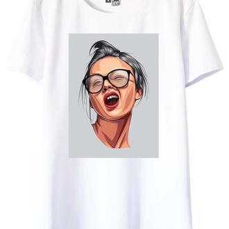 Белая футболка с принтом Christie