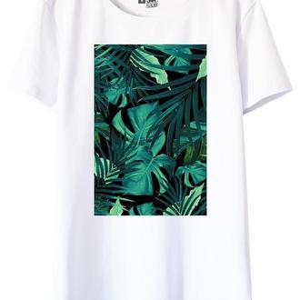 Белая футболка с растительным принтом