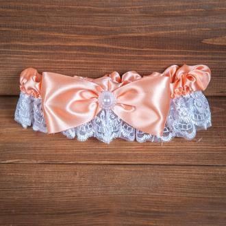 Свадебная подвязка с персиковым бантом (арт. G-111)