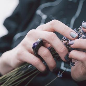 Перстень Аметистова скеля - кольцо с аметистом - деревянное - аметист