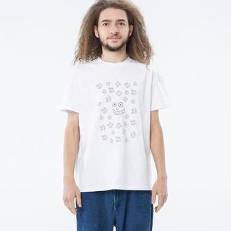 Базовая белая мужская футболка с принтом