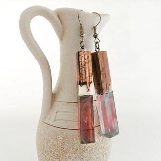 Длинные серьги подвески  из ювелирной смолы и дерева вяза - оригинальный подарок