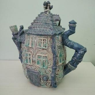 """Чайник """"Дом с камином"""""""