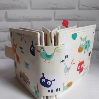 Розвиваюча книжка іграшка з тканини та фетру. Для самих маленьких
