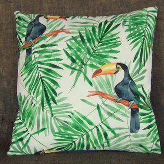 """Интерьерная Boho Chic подушка из обивочной ткани с тропическим рисунком """"Туканы"""""""