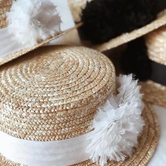 Шляпа-канотье с цветами