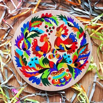 Петушок и курочка. Деревянная тарелка самчиковская роспись.