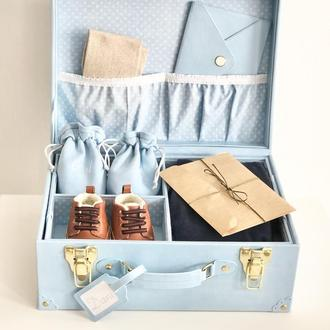 Чемоданчик мамины сокровища нежно-голубого цвета