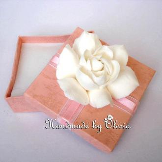 Эксклюзивная Свадебная Подарочная Коробочка с Реалистичной Гарденией