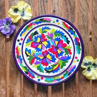 Волшебные мальвы. Деревянная тарелка самчиковская роспись. Рустикальный стиль.