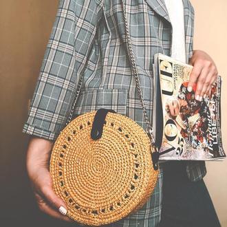 Круглая сумка из рафии