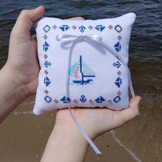 Свадебная подушечка для колец в морском/пляжном стиле