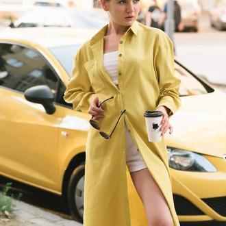 Горчичная платье-рубашка из льна