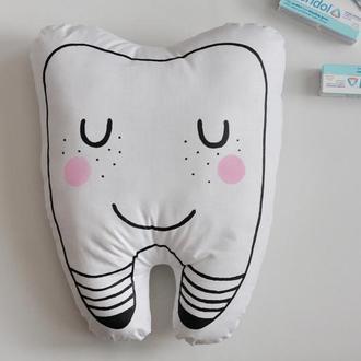 Игрушка зуб