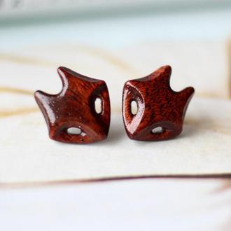 Сережки лисички из красного дерева.Серебро
