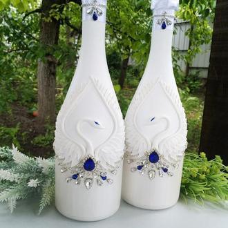 """Свадебное шампанское """" Лебеди """" в белом перламутре и синем цвете"""