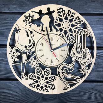 Декоративні дерев'яні годинник на стіну «Фігурне катання»
