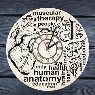 Тематические настенные часы из дерева «Анатомия»