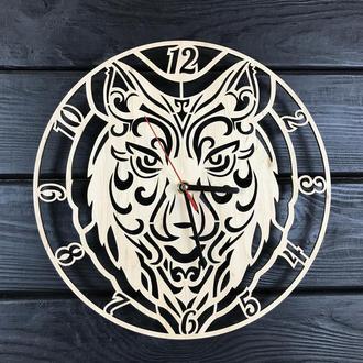 Дизайнерские часы настенные из дерева «Волк»