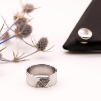 Кольцо из медицинской стали с гравировкой отпечатка пальца