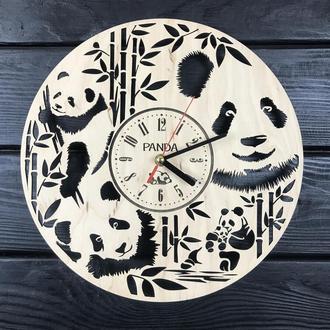 Концептуальные настенные часы из дерева «Милая панда»