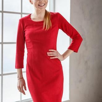 Платье футляр замшевое мини красное