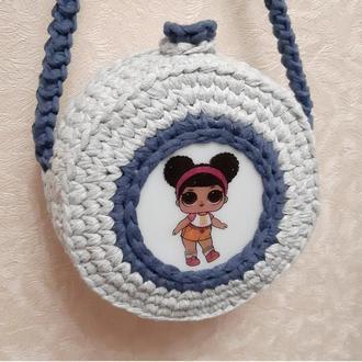 Детская круглая вязаная сумочка с Лол