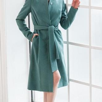 Пальто демисезонное кашемировое зеленое