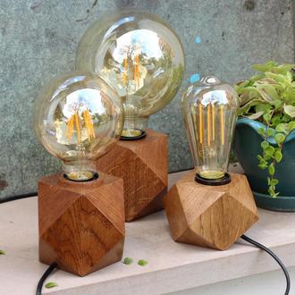 Граненый светильник  из дерева дуба.Лампа Эдисона.