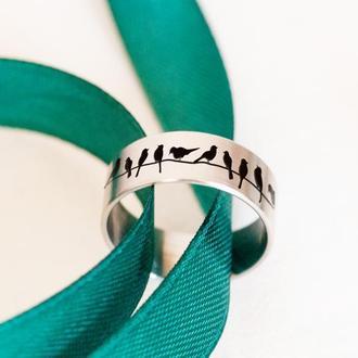 Красивое кольцо с птицами из ювелирной стали