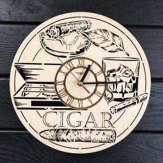 Тематические интерьерные настенные часы «Сигары»