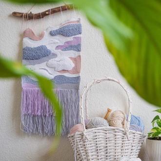 Гобелен в технике ковровой вышивки / вышитая картина / панно / декор