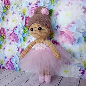 Кукла вязаная крючком балерина