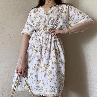 Белое пляжное платье в цветочный принт с кружевом lacreccita couture