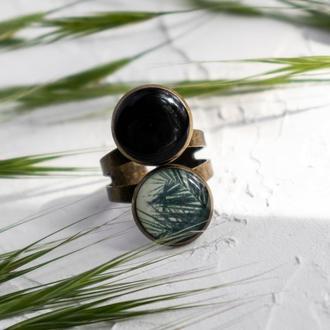 Стильное бронзовое кольцо с принтом
