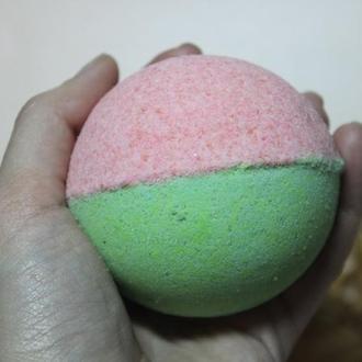 Натуральная арбузная  бомбочка для ванны