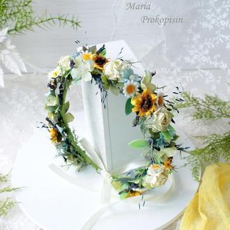 Венок с полевыми цветами и лавандой.