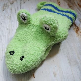 Вязанная игрушка-перчатка из плюшевой пряжи Прихватка варежка для горячего