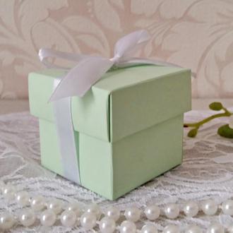 Бонбоньерка коробочка с крышечкой бледно мятная