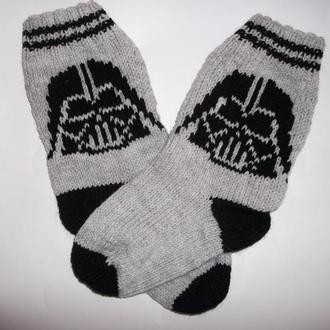 Вязаные носки Дарт Вейдер
