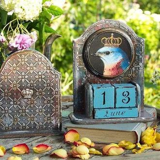 набор вечный календарь и карандашница